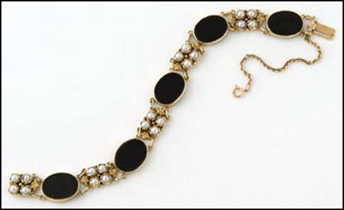 Margaret Rogers gold, onyx, and pearl bracelet