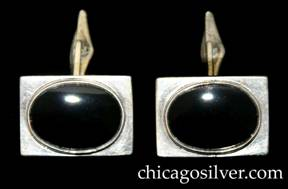 Kalo cufflinks, pair (2), rectangular with bezel set oval onyx stones at center, hinged links at back.