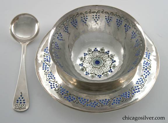 Mary Catherine Knight set, sauce or mayonnaise, three pieces consisting of bowl, underplate, and spoon.