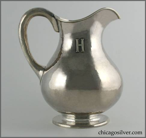 Eicher pitcher