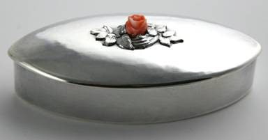 Kalo navette-form silver box with coral and applied leaf detail